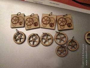 gear_necklaces